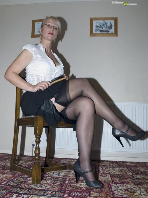 Glasgow Dominatrix Mistress Bdsm Offering Punishments Of All