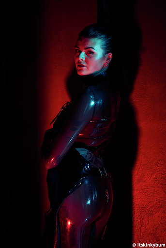 Melisande London Mistress